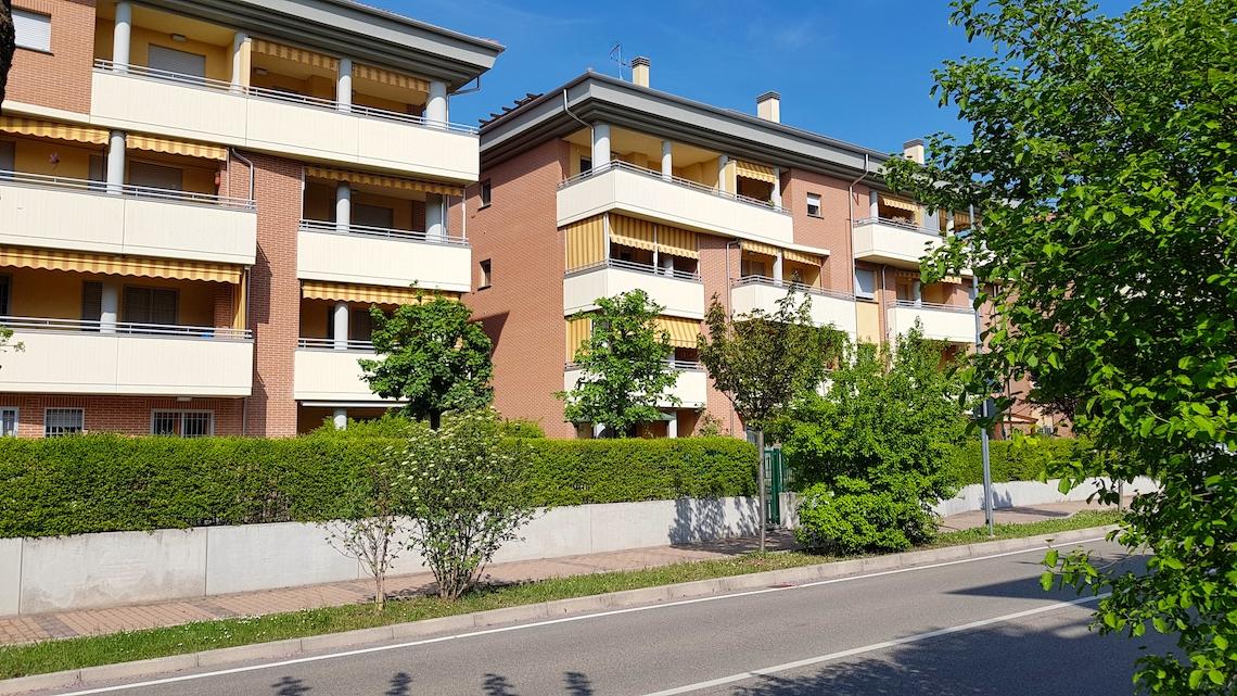 Ozzano dell'Emilia centro Appartamento Trilocale con giardino privato - Anno 2010